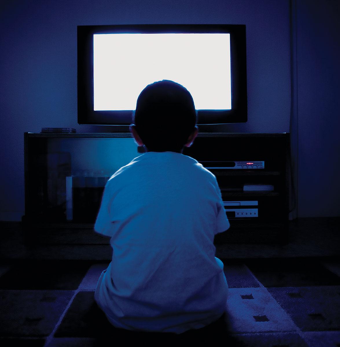 photo montage retouche illustration enfant solitaire strasbourg affiche