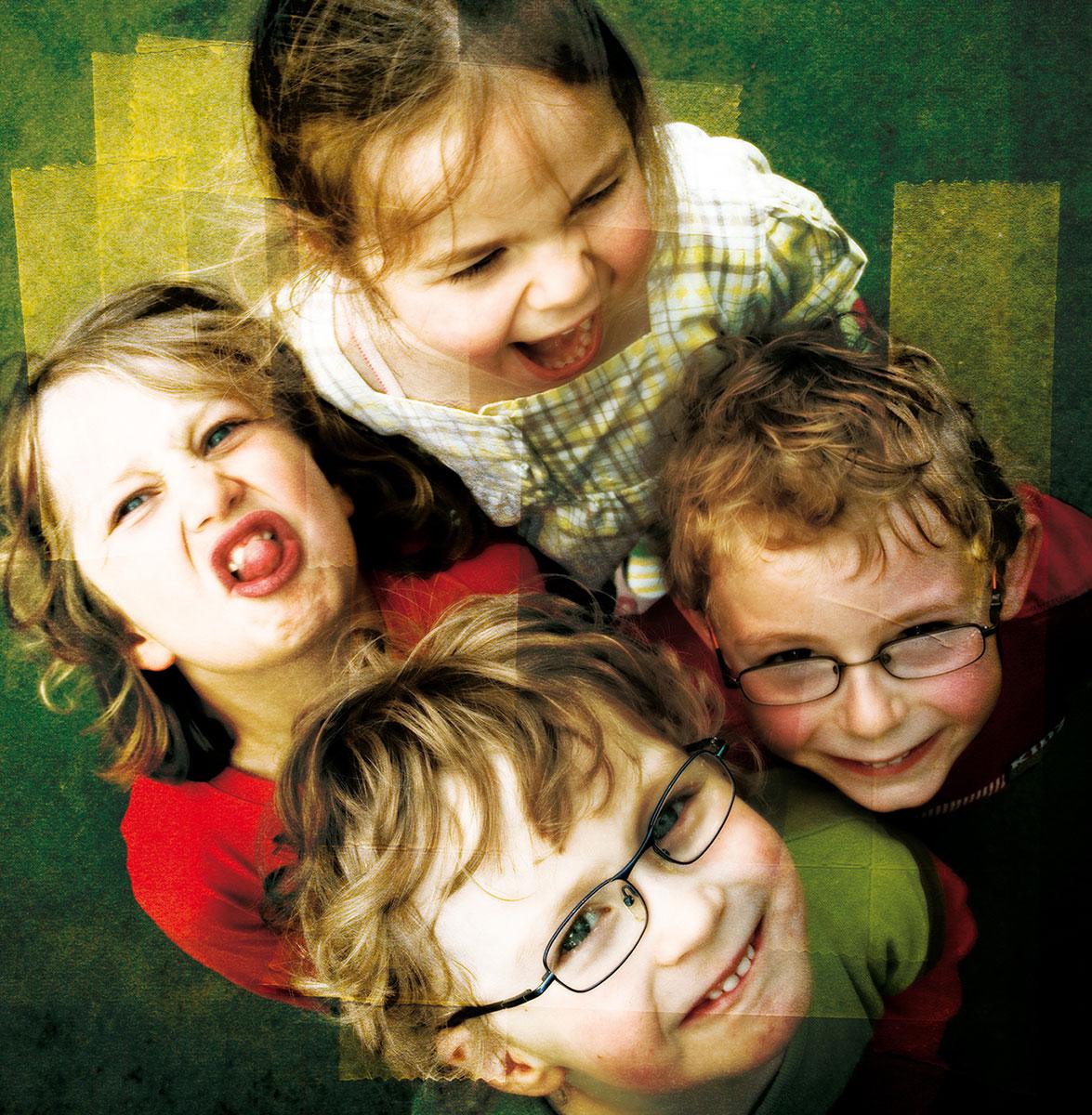 photo montage retouche illustration enfants grimaces strasbourg affiche