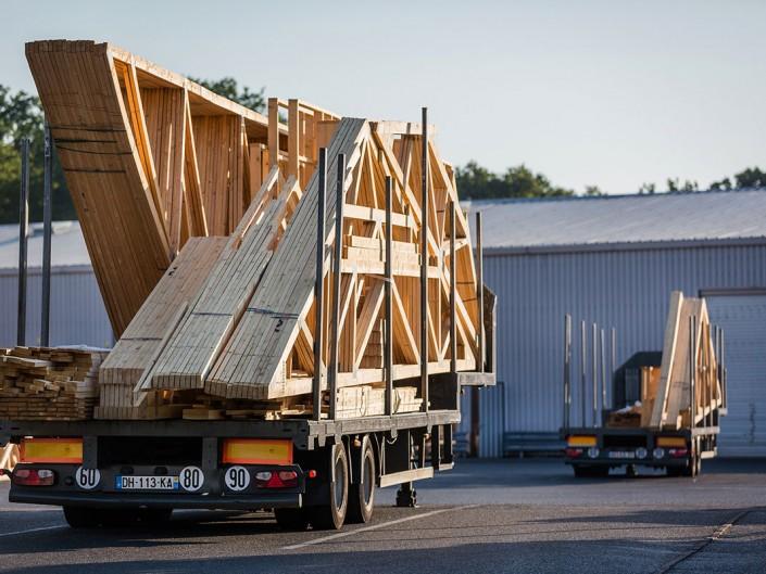 photo remorque camion reportage industrie martin charpentes bois toul