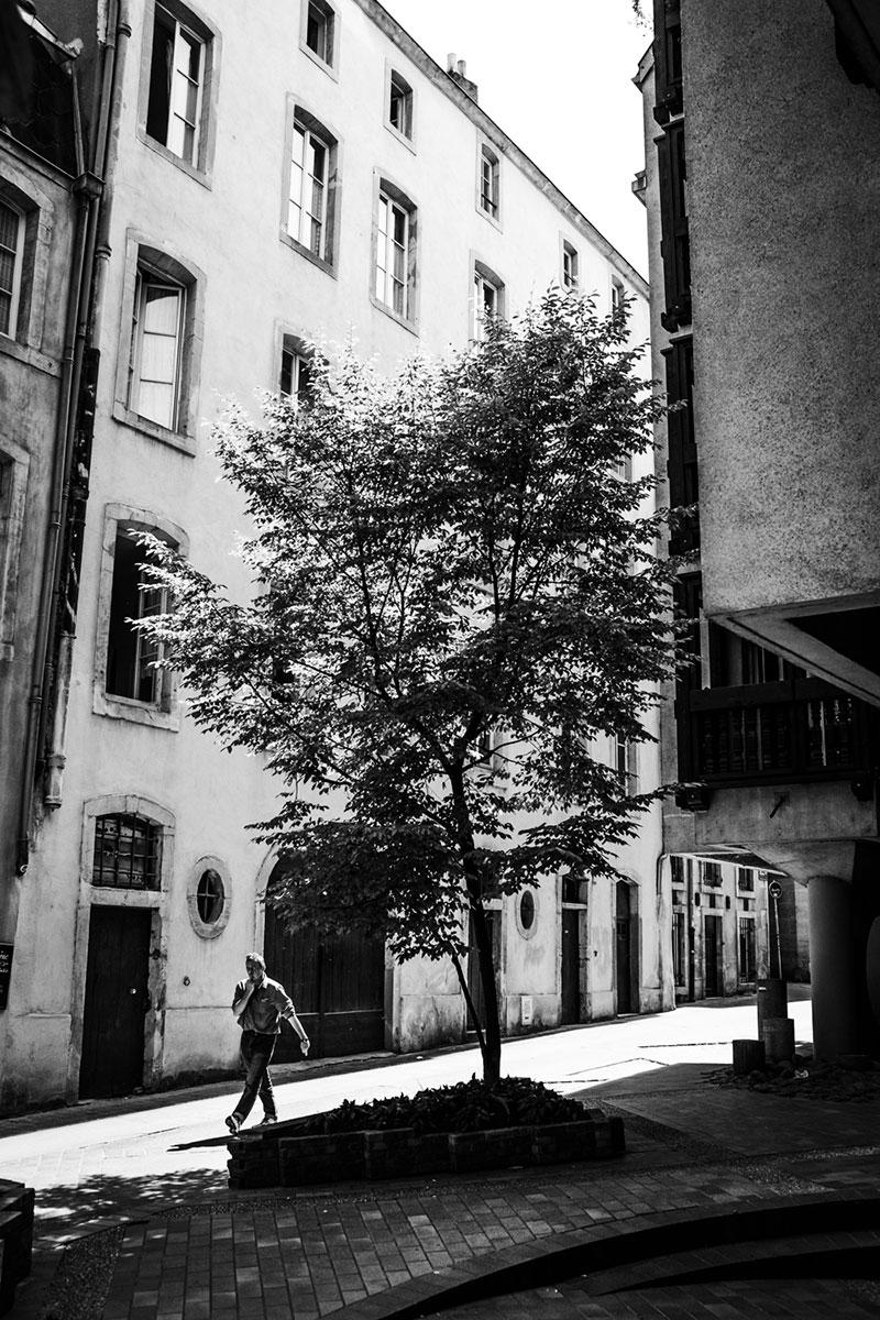 street photography photo de rue noir et blanc metz
