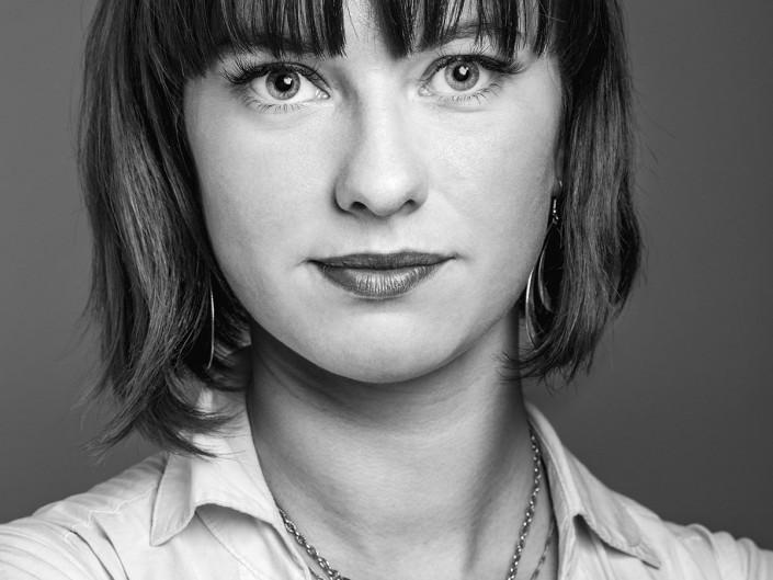 photo studio portrait femme retouche corporate lorraine